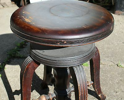 Antique Piano Stool that Swivels from Circa 1915 to 1925,  USA Made, four legs