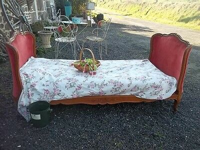French Antique Full Corbielle  Daybed Style Louis Xv