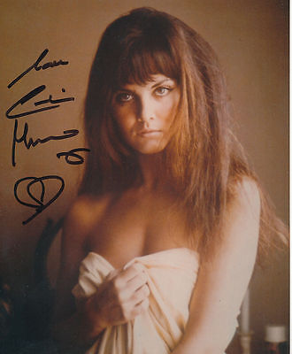 Caroline Munro In Person Signed Photo - BEAUTIFUL!!!!! - AG197