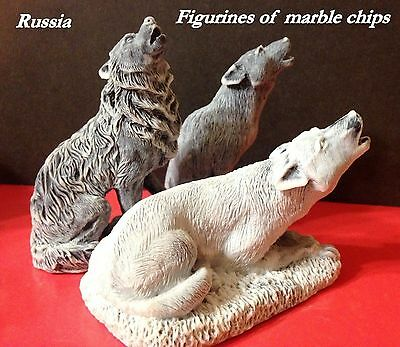 Wolves figurines marble chips sculptures realistic Souvenirs Russia wild animals