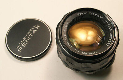 Pentax Super Takumar 50mm f1.4 M42 screw mount lens