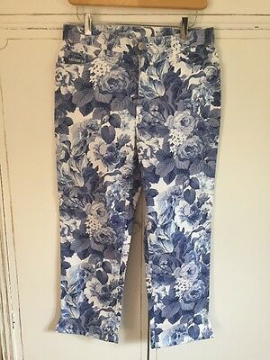 Women's Lauren Ralph Lauren Capri Pants Blue White Floral 8 Petite Medium