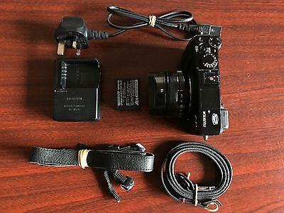 Fujifilm X-E1 + Fujinon XF 18mm f/2 R Lens + FREE Cam-in Leather Neck Strap