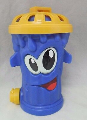 """Garbage Can Sprinkler Blue Smiley Face 10"""" x 7"""" Kids Age 3+ Outdoor Water Toy"""