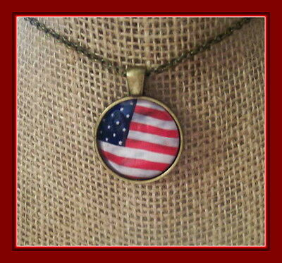 Vintage Bronze American Flag Under Glass Round Pendant Great For The 4Th Of Jul