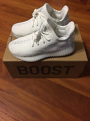Yeezy Boost 350 V2 Cream White (Size 10K - Deadstock with Receipt)