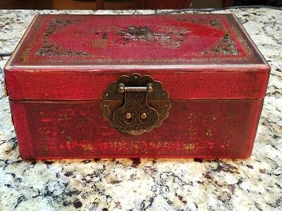 Antique Painted Chinese Storage Box from the 18th C!! with sliding tray!!