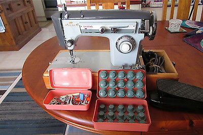 Vintage Princess Sewing Machine - Beautiful condition - Retro - with cams