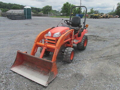 2010  Kubota 2660 4x4 Compact Tractor w/ Loader. Coming in Soon!