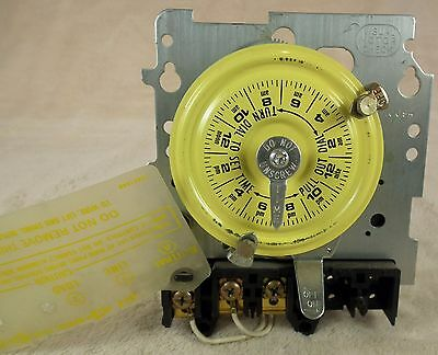 Intermatic T101M 24 Hour Mechanical Timer Switch 40 Amp 120V SPST Mechanism Used