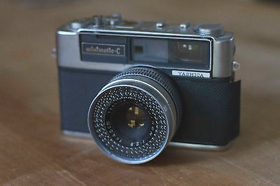 Yashica Minimatic C 35mm Rangefinder Film Camera