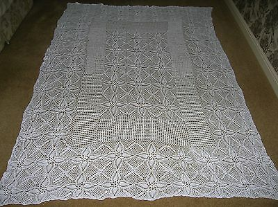VINTAGE HAND CROCHET COTTON LARGE RECTANGULAR TABLECLOTH BED COVER 98 x 63 INS