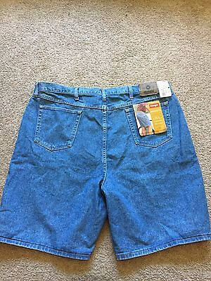 NWT Men's WRANGLER Jean Shorts Size 46 RELAXED FIT New With Tags