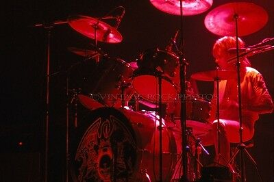 Roger Taylor Queen Photo 8x12 or 8x10 in '76 Cleveland OH Live Concert Print 76