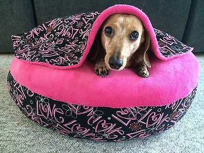 NEW Valentines Dachshund Small Dog Bed Snuggle Bed for Burrowing Dogs Love