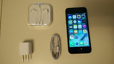 Apple iPhone 5s - 16GB - Space Gray (Bell / Virgin Mobility) Smartphone