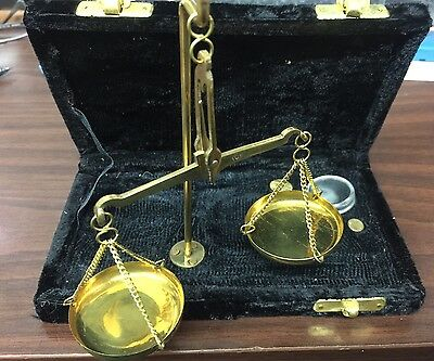 Antique Style Brass Small Balance Scale Jewelers Assayers In Black Velvet Case