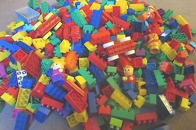 4.5Kg Mega Bloks Not Duplo Bricks, With Figures And Other Pieces