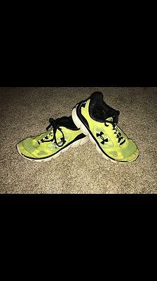 Under Armour Boy Youth Shoes Sneakers Size 3