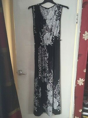 Gorgeous Florence And Fred Black Floral Ladies Maxi Dress Size 10 (200)