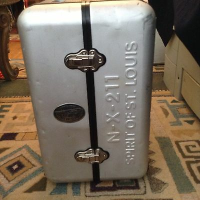 90th ANNIVERSARY Spirit of St. Louis NX 211 FLIGHT CASE STEREO CD AM/FM RADIO