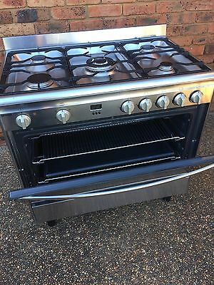 Omega 90cm S/S Dual Fuel Dual Fan Forced Upright Stove As New