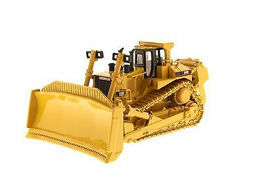 Caterpillar 1:50 scale Cat D11R Track-Type Tractor - Diecast Masters 85025