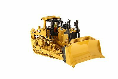 Caterpillar 1:50 scale D9T Track-Type Tractor - Diecast Masters 85944