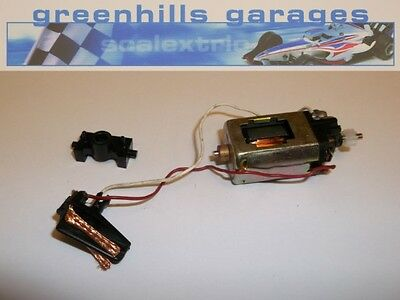 Greenhills Scalextric E111 Engine/Pinion/Body Clip/Guide Blade Used – P2865