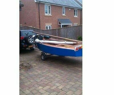 Gp14 sailing dinghy with trailer