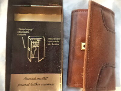 """Vintage Amity Cowhide Leather Key Holder New In Case - """"snap Happy"""" Closure!"""