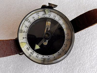 Vintage Military/Tourist made in Bulgaria Solid Brass&Plastic Body Compass