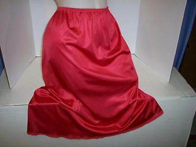 """""""TAGS REMOVED"""" VTG RED/LACE POLY/ NYLON  HALF SLIP LINGERIE- sz: S/M"""