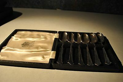 Vintage English silverplated 6 teaspoons with case....no reserve