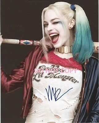 Margot Robbie Hand Signed With Coa - The Suicide Squad - 8X10 Autographed Photo