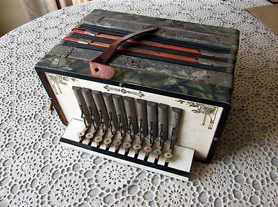 Vintage GEBR: LUDWIG Piano Accordion / Made In Germany / Antique Squeeze Box
