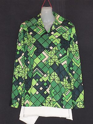 1970's Vintage Shirt Style Blouse in Bright Abstract Print.