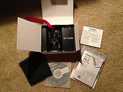 OLYMPUS STYLUS TOUGH TG-4 16MP DIGITAL CAMERA-BLACK-F2/WiFi/GPS/FULL HD W/EXTRAS