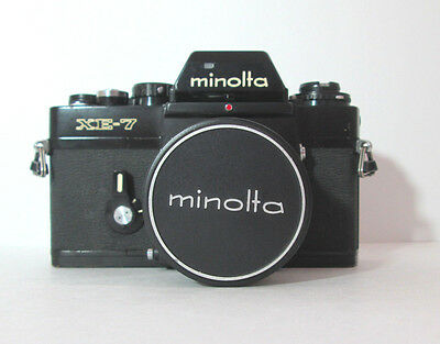 MINOLTA XE-7 BLACK 35 mm FILM SLR CAMERA & 35 / 2.8 LENS