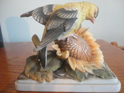 """Antique Gold Finch Beautiful Figurine Kw864 Made In Japan 5""""x4 1/2""""x2 1/2"""" 12Oz"""