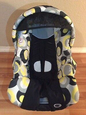 CHICCO Keyfit 30 Infant Car Seat Cushion Cover Canopy Straps Cover Black Silver