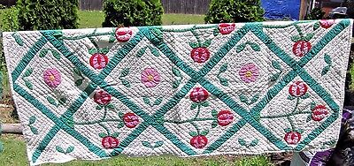 Quilt Handmade Floral Leaves Stems White Pink Green Cotton 66 x 81 Vintage