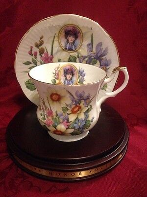 1996 Avon Honor Society Cup & Saucer With Wood Display Stand.