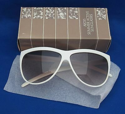 Vintage Avon Summer Active Sunglasses with box Made in Italy
