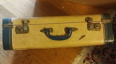 000 Vintage Vacationer Hard Side Travel Suitcase Blue & Cream Color Antique
