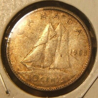 1968~~Canada~~10 Cents~~Silver~~Xf-Dirty