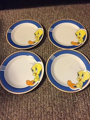 Lot Of 2 Warner Brothers Looney Tunes Tweety Bird Plates Gibson Discontinued