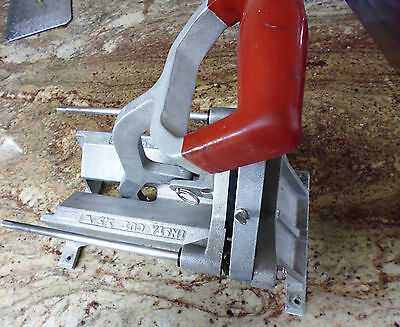 Lincoln Redco  Instacut 1/4 Frie Cutter