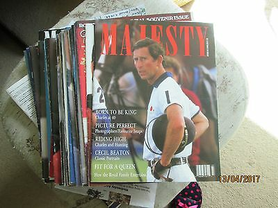 "32 copies of the magazine ""MAJESTY"""