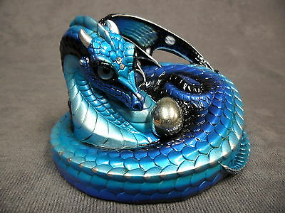 Windstone Editions * Blue Morpho Mother Coiled Dragon * Figurine Fantasy Statue